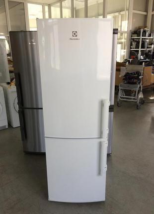 Холодильник двухкамерный Electrolux 175 см бу из Швеции