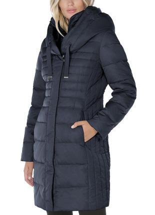 Женская, новая, зимняя куртка-пуховик tahari