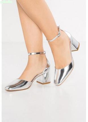 Туфли zign . на невысоком каблуке -размер 38
