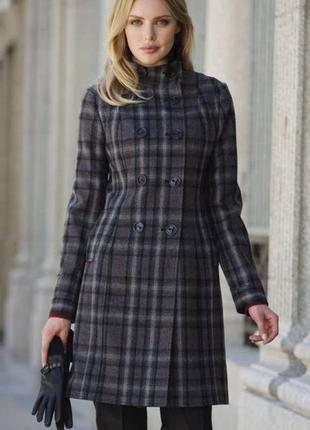 Теплое пальто в клетку russo& conti. размер l. на высокий рост.