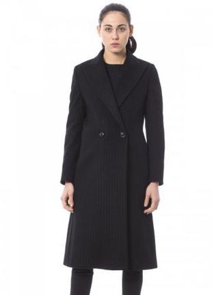 Классическое пальто  trussardi. размер l-xl