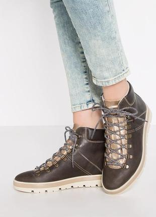Кожаные ботинки napapijri  .размер 40