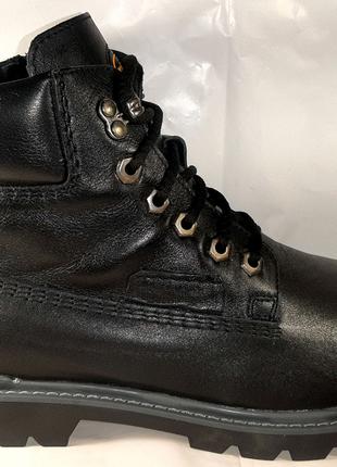 Стильные зимние ботинки MIDA , стиль комфорт.40,41,45.