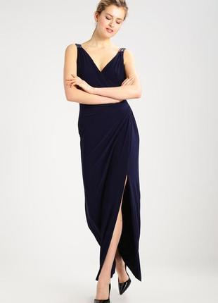 Темно-синее длинное вечернее платье в пол, c бисером на шлейка...