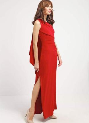 Красное длинное вечернее платье, асимметрия с открытым плечом/...