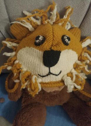 Тёплая шерстяная вязаная шапка ушанка кигуруми львенок