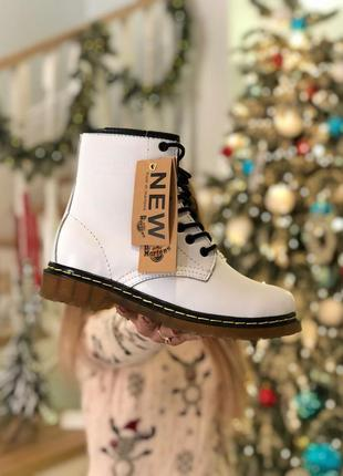 Ботинки зимние dr.martens 1460 white код 2030