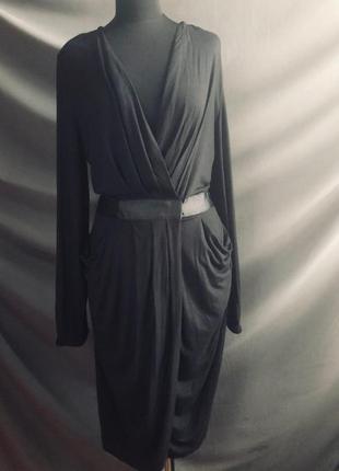 Чёрное платье по колено миди m