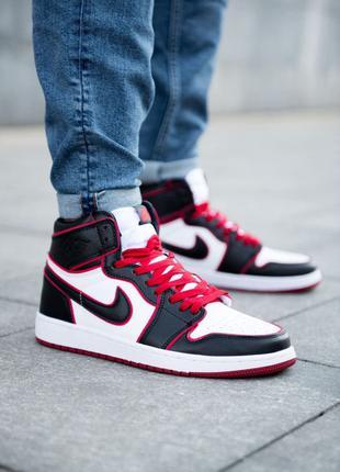 Кроссовки Nike Air Jordan 1 Retro Red/Black
