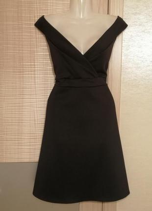 Шикарное платье под грудь,с пышной юбкой клеш открытые плечи
