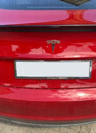 Карбоновый спойлер Tesla Model 3 сабля тюнинг