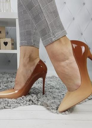 Новые женские бежевые туфли лодочки омбре
