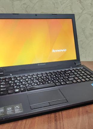 Ноутбук Lenovo IdeaPad B570e 4 ядра i3-2330M 2,2Гц/8ГБ ОЗУ/500 Гб
