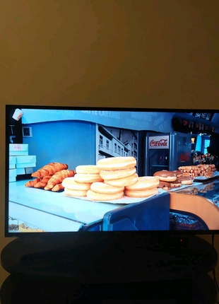 Телевізор Samsung ue40ku6000w 4K