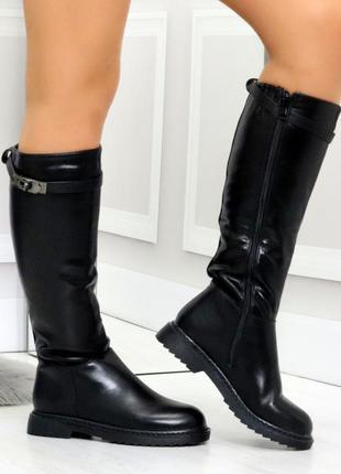Новые женские зимние чёрные сапоги