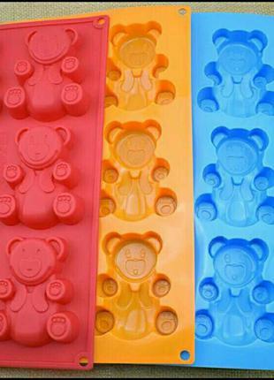 Силиконовые формы для выпечки кексов, маффинов, мишки Барни