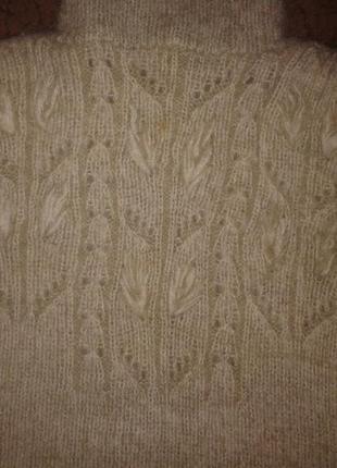 Очень теплый свитер , на 5 лет