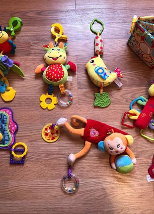 Игрушки подвески развивающие