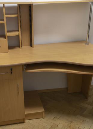 Компютерний Стіл з Хромованими опорами Стіл для Кімнати Офісу