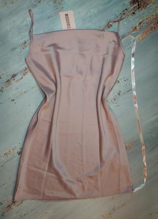 Легкое платье missguided