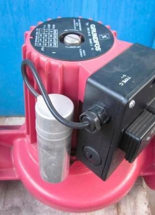Насос Grundfos UPC 65-30 series 200