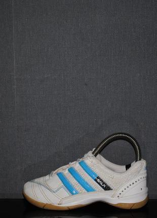 Футзалки adidas 31 р