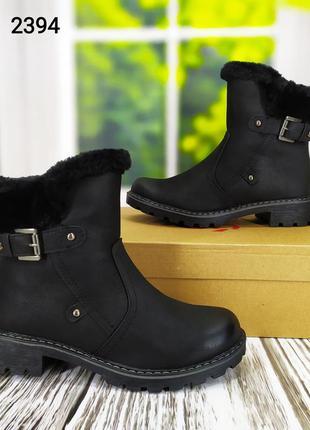 Женские зимние ботинки на молнии классические