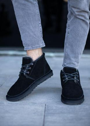 Зимние ботинки ugg с овчиной черные