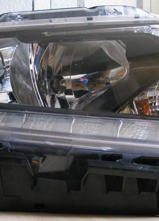 Nissan Rogue Фара 26010-4BA2A