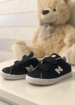 Дитячі кросівки new balance