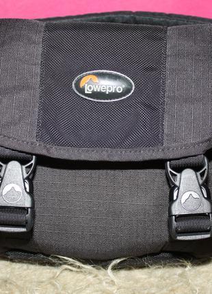 Профессиональная фото сумка Lowepro stealth reporter 100 AW