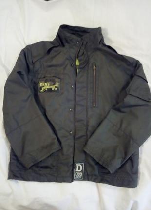 Идеальная осенняя двойная куртка для мальчика