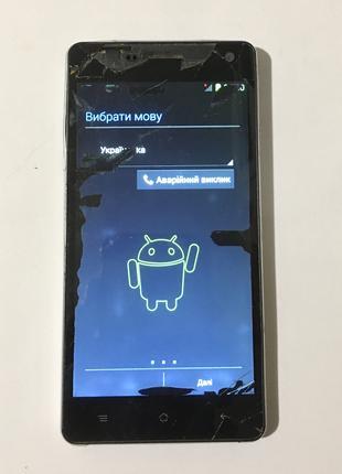 Рабочий смартфон Nomi 501 Style