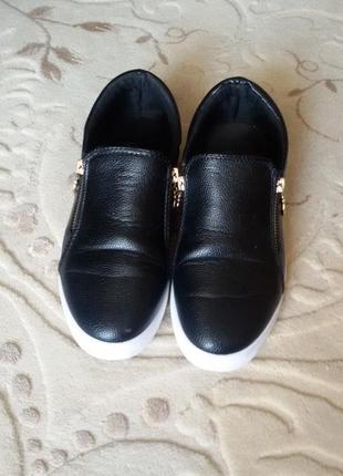 Женские стильные слипоны макасины черные размер 39