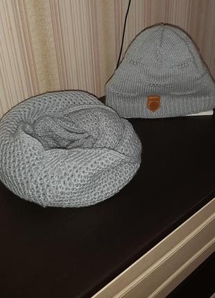 Набор шапка и снуд