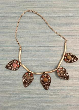 Колье из индии метал и вставки из натуральных камней