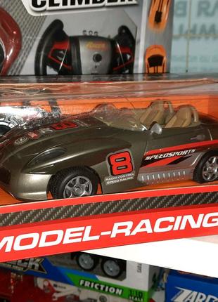 Машина р.у красивая модель