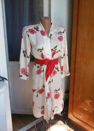 Шелковый халат  в цветочный принт100% шелк
