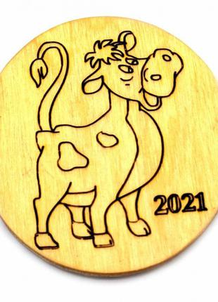 """Магнит на холодильник """"Корова 2021"""" деревянный"""