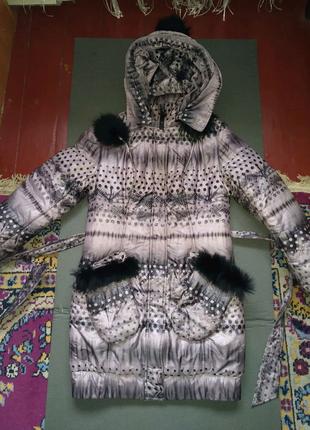 Пальто, пуховик жіночий