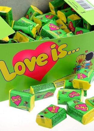 Жевательные резинки Love is блок 100 штук 420 грамм