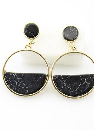 Серьги мрамор, черные модная бижутерия