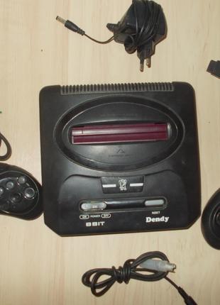 2 игровые приставки 8 бит SEGA и DENDY