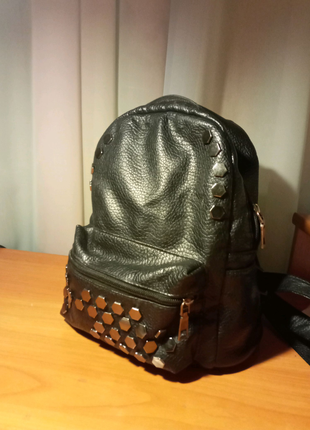 Акссесуар рюкзак