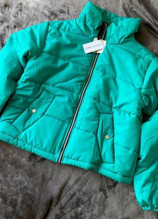 Куртка дута, зелена куртка женская, трендовая куртка.