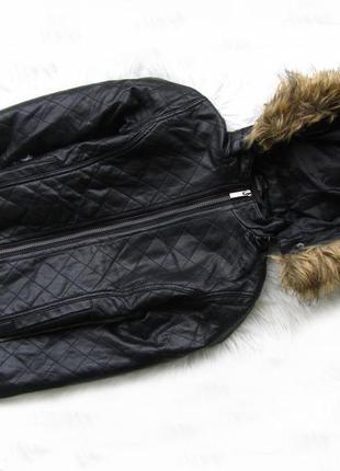 Утепленная демисезонная кожаная  куртка с капюшоном kiabi