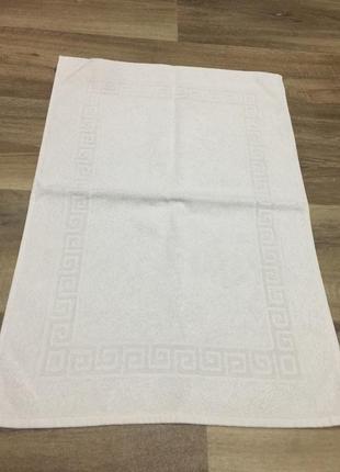Полотенце-коврик в ванную.45 х 65 см .описание!