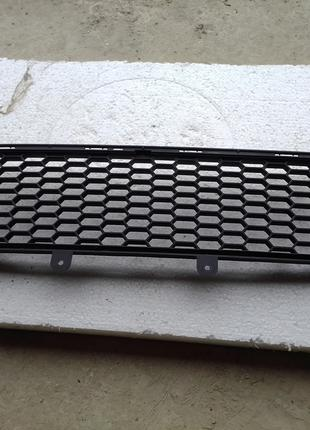 Центральна решітка бампера Fiat 500 SPORT США USA, 53250383