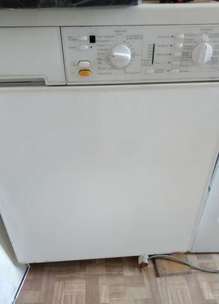 Продам стирально-сушильную машину Miele W945 и W989