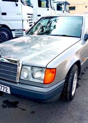 Mercedes-Benz  W124  200E  1990р.